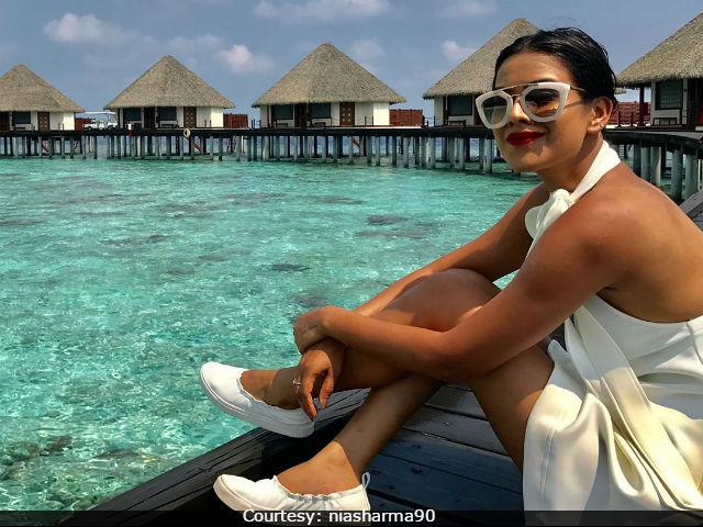 Nia sharma stunning in maldives