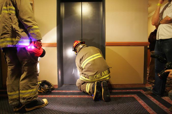 Stuck_in_Elevator