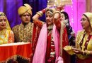 Check Out The Reason Behind An Indian Bride Throwing Rice During Her 'Vidaai'